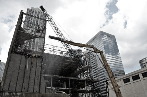 Heneghan Wrecking equipment in Chicago's downtown loop area